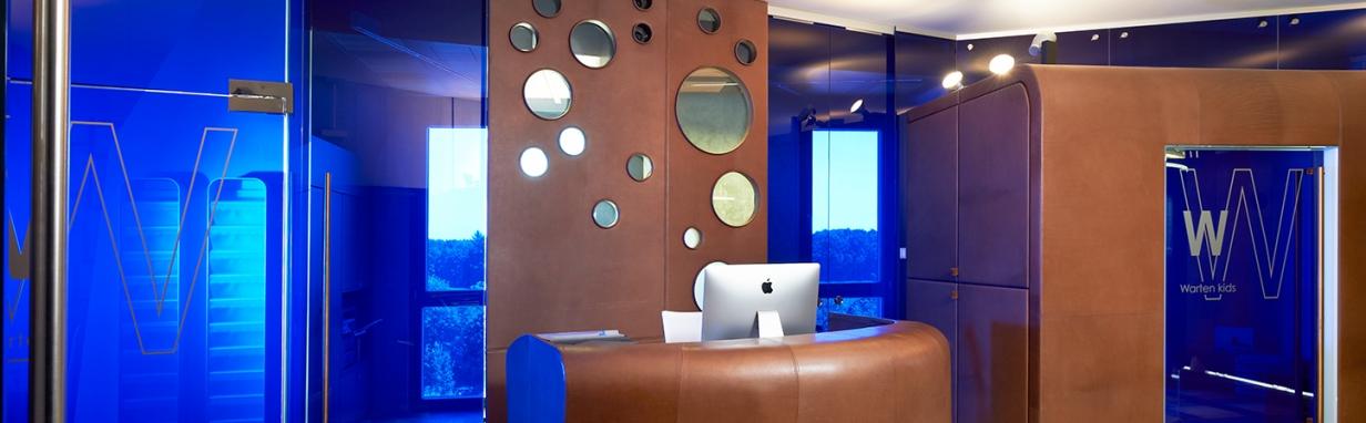 zahnarztpraxis in ansbach mit moderner ausstattung f r entspannte atmosph re f r angstpatienten. Black Bedroom Furniture Sets. Home Design Ideas